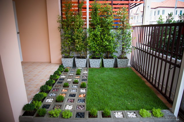 6.5 sqm frontyard townhouse garden review (17)