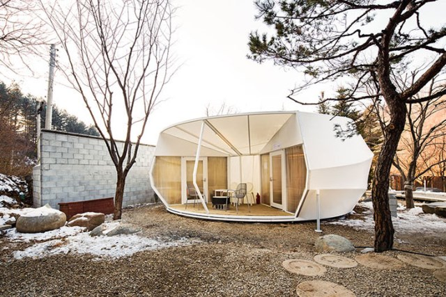 ArchiWorkshop-Worms-And-Donughts-Tents-Glamping-For-Glampers-5