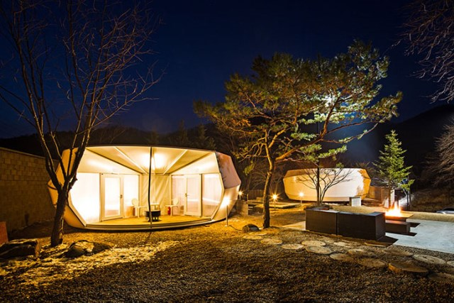 ArchiWorkshop-Worms-And-Donughts-Tents-Glamping-For-Glampers-6