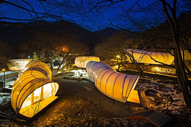 ArchiWorkshop-Worms-And-Donughts-Tents-Glamping-For-Glampers-7