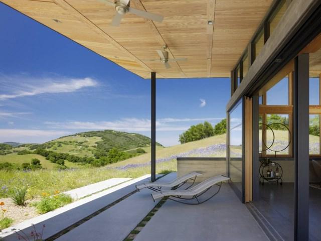 Caterpillar-House-by-Feldman-Architecture-www.homeworlddesign.-com-9-1024x768