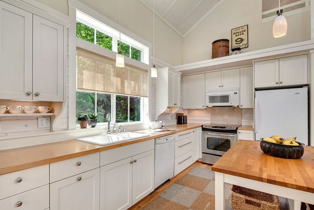 Cottage House sweet tone With veranda (4)