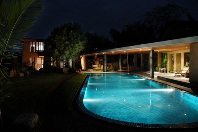 Cottage medium Tropical garden (3)