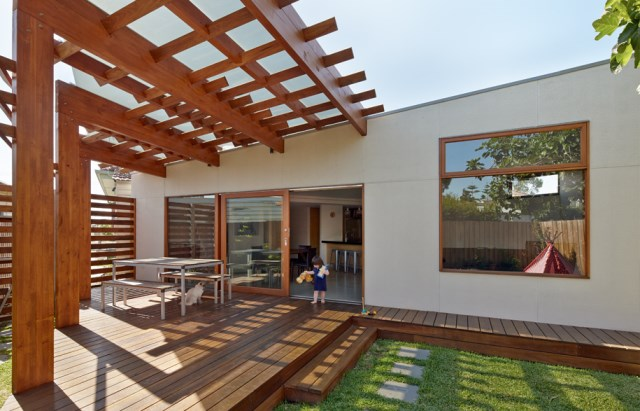 Crib-and-Chock-House-extension-of-residence-by-Windust-Architects-HomeWorldDesign-12
