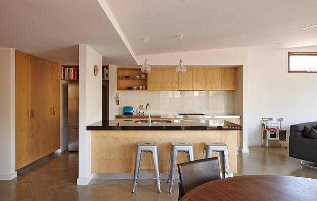 Crib-and-Chock-House-extension-of-residence-by-Windust-Architects-HomeWorldDesign-3