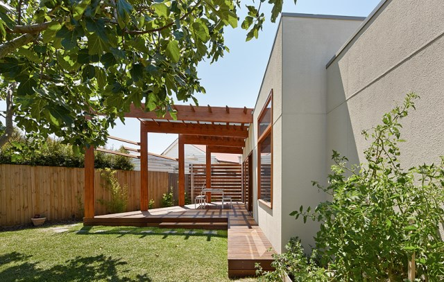 Crib-and-Chock-House-extension-of-residence-by-Windust-Architects-HomeWorldDesign-9
