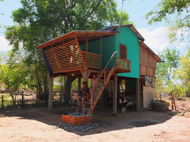 Eco House bamboo brick and wood (10)