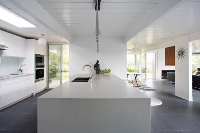 Eichler-house-modernized-by-Klopf-Architecture-www.homeworlddesign.-com-17-1024x682