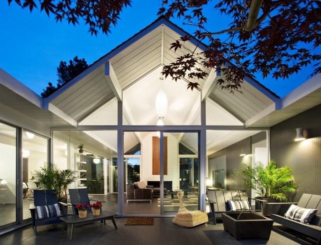 Eichler-house-modernized-by-Klopf-Architecture-www.homeworlddesign.-com-28-1024x780
