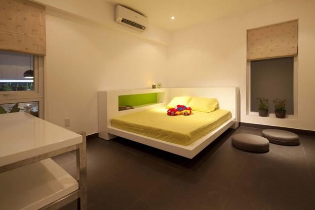 Go-Vap-House-by-MM-Architects-www.homeworlddesign.-com-13