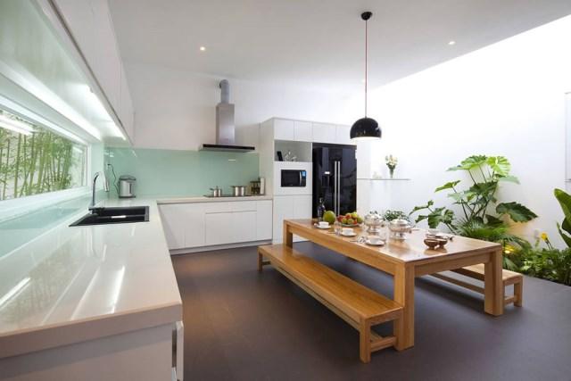 Go-Vap-House-by-MM-Architects-www.homeworlddesign.-com-6