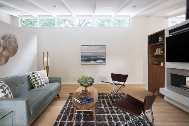 Modern Medium Home airy structure (2)