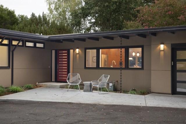 Modern Medium Home airy structure (3)