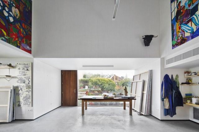 Modern house box Shape Wood and glass  (1)