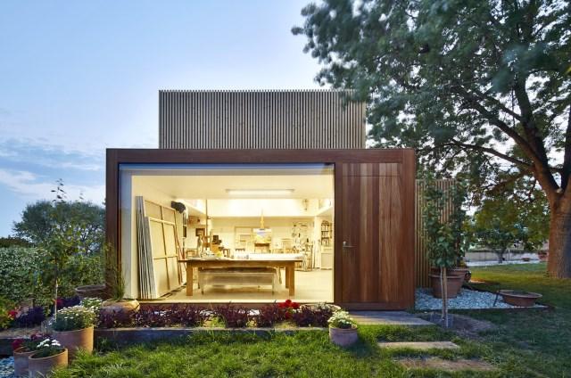 Modern house box Shape Wood and glass  (9)