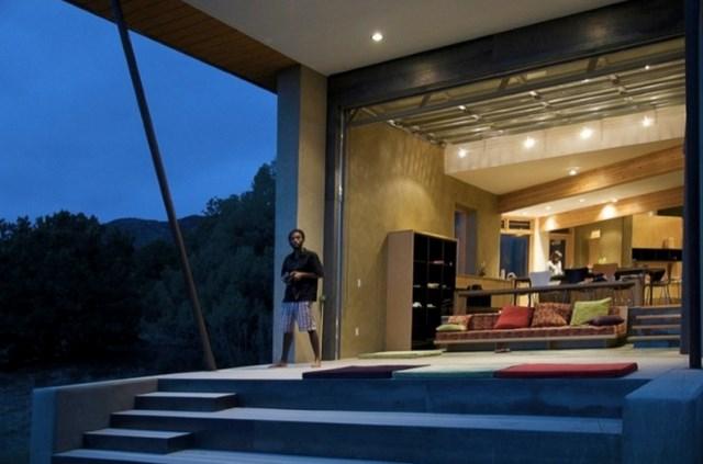 Modern style home (3)