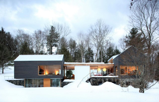 Modern two-story house mixed materials and natural materials (11)