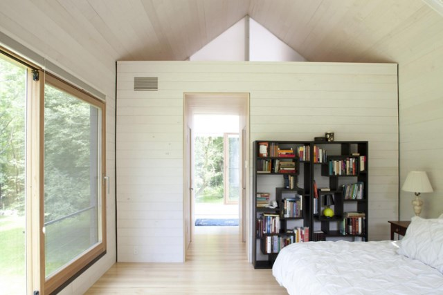 Modern two-story house mixed materials and natural materials (13)
