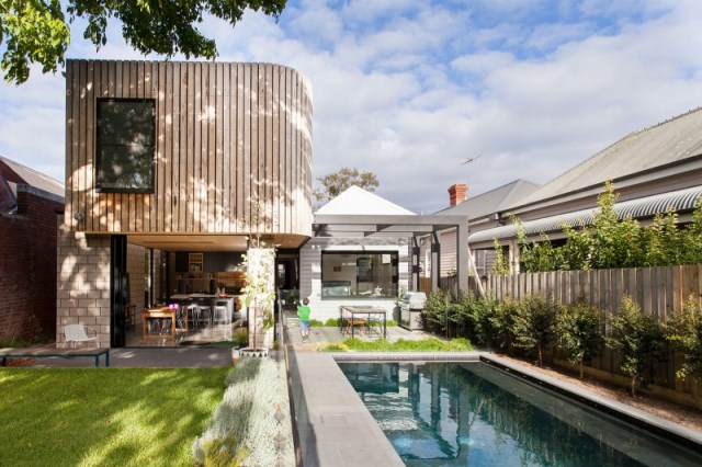 Old-house-completed-with-a-modern-modular-addition-Balaclava-House