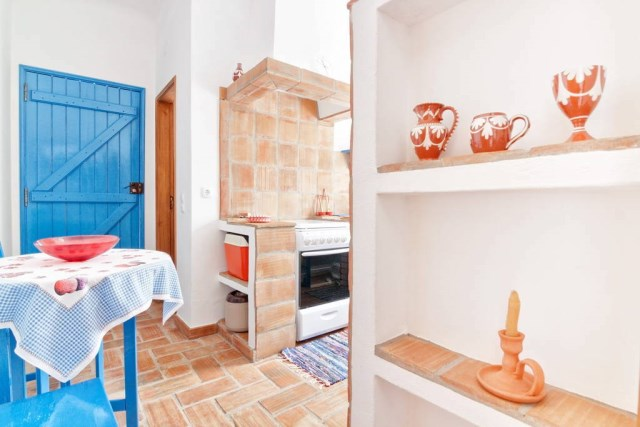 Rustic small house Two-tone decor (2)