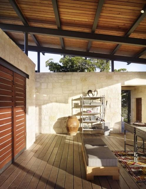 Story-Pole-House-designed-Lake-Flato-Architects-795x1024