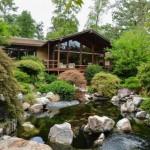 บ้านสวนสร้างด้วยไม้ สไตล์รัสติค ที่อิงแอบไปกับธรรมชาติ