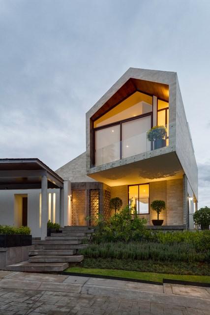arqmov-workshop-casa-LPZ-house-mexico-city-designboom-08