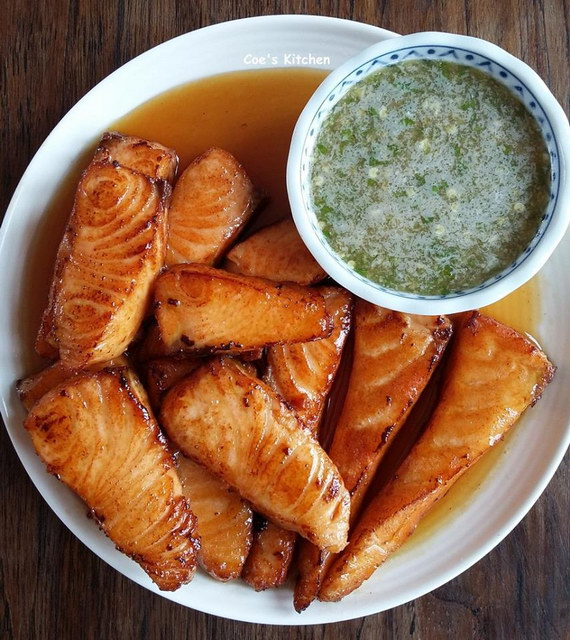 deep fried Salmon with fish sauce recipe (2)