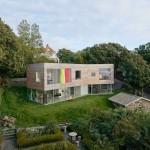 บ้านโมเดิร์นรูปทรงกล่องเรียบง่าย รองรับเป็นบ้านตากอากาศ ภายในตกแต่งมินิมอล