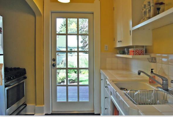 grey gable cozy house (4)