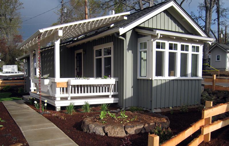 grey patio cottage (1)