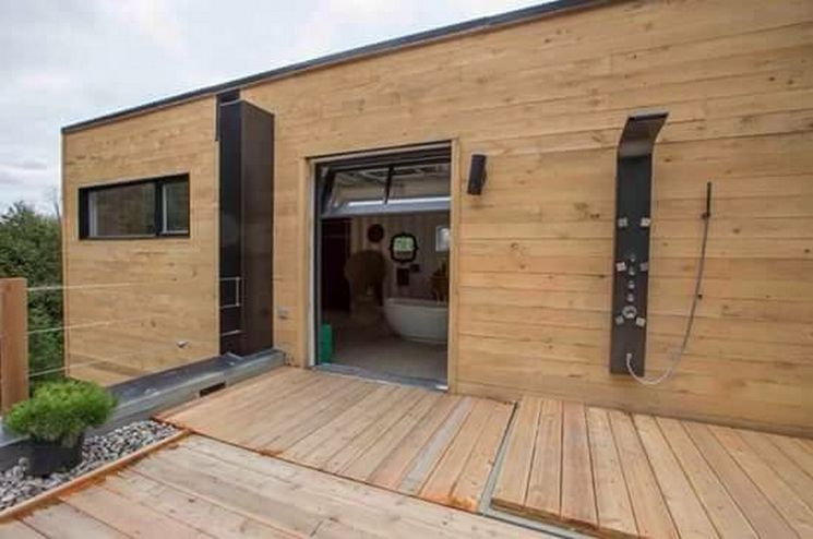 luxury house from shipping containers (15)
