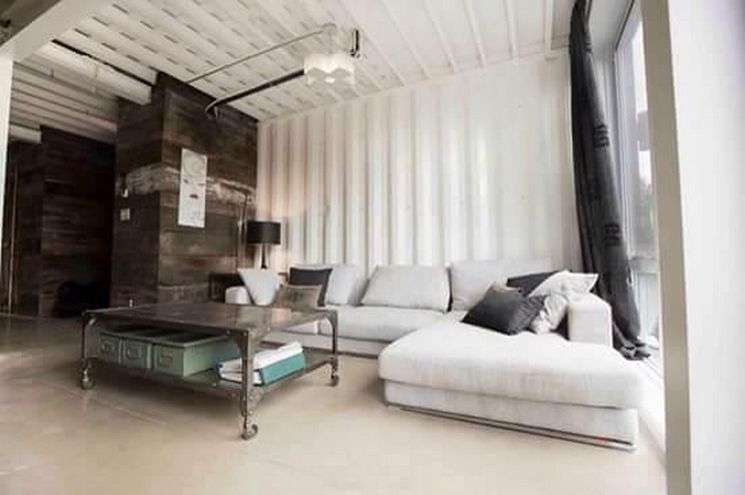 luxury house from shipping containers (5)