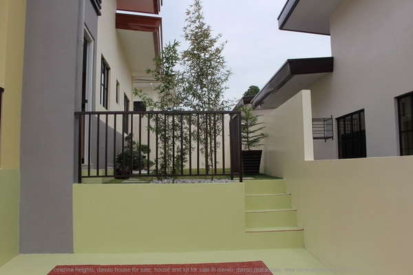 modern 800k house (7)