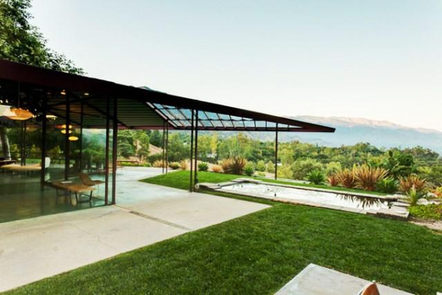 modern House decor with modern materials (28)