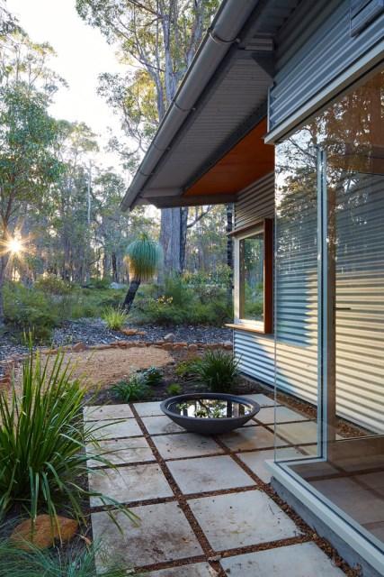 modern House decor with modern materials (5)