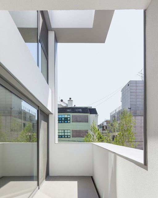 obba-open-and-closed-house-seoul-designboom-04