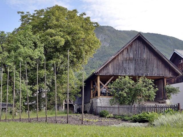 old-alpine-barnand-modern-loft (13)