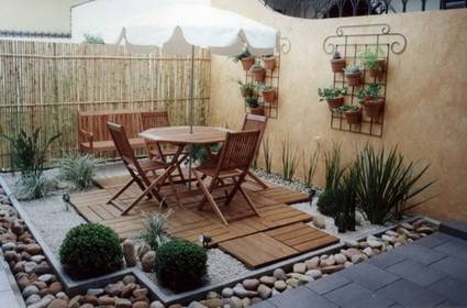 small-decorated-courtyard-ideas (2)