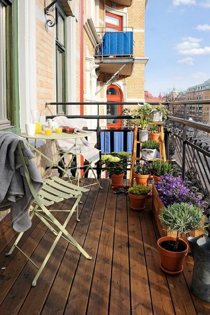 small wooden balcony ideas (2)