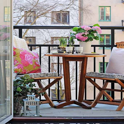 small wooden balcony ideas (4)