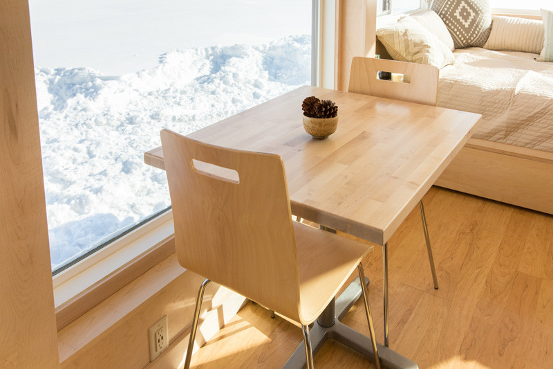 tiny-house-that-mixes-contemporary-design-and-comfort (4)