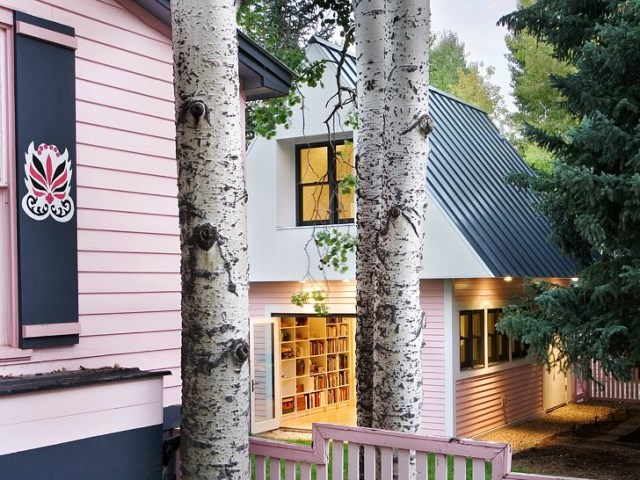tiny pink eco house (11)