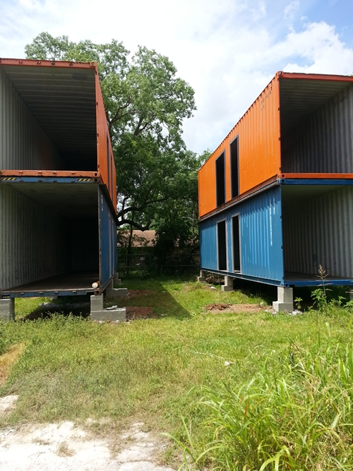 white container house review (3)