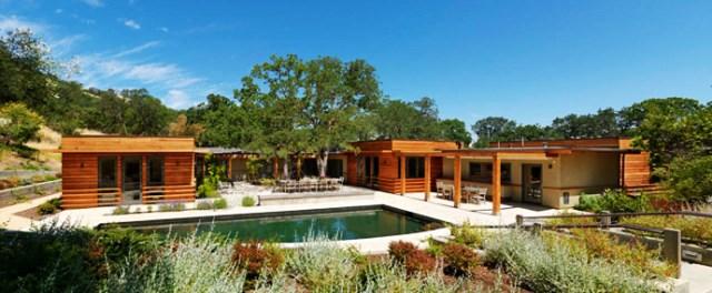 wooden Villa with pool hillside (17)
