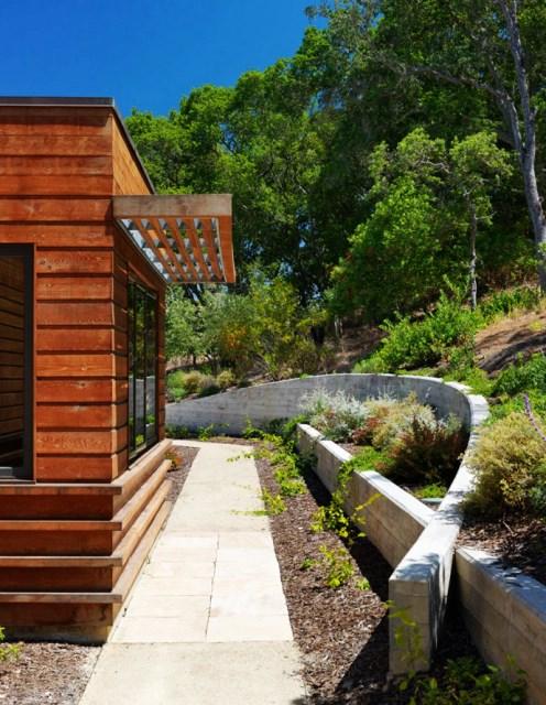 wooden Villa with pool hillside (19)