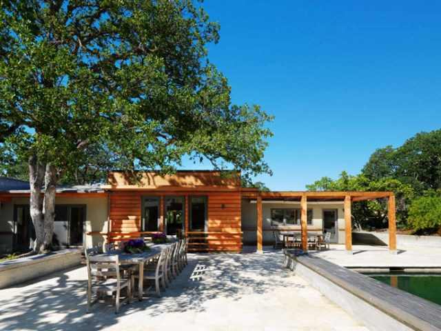 wooden Villa with pool hillside (5)