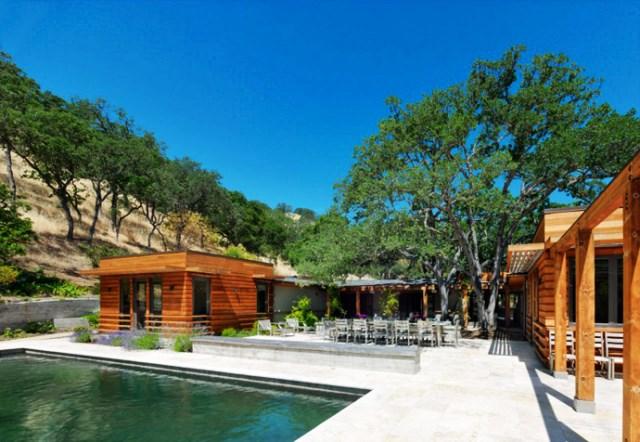wooden Villa with pool hillside (9)