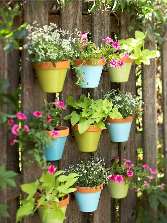 14 creative low budget garden planter ideas (5)