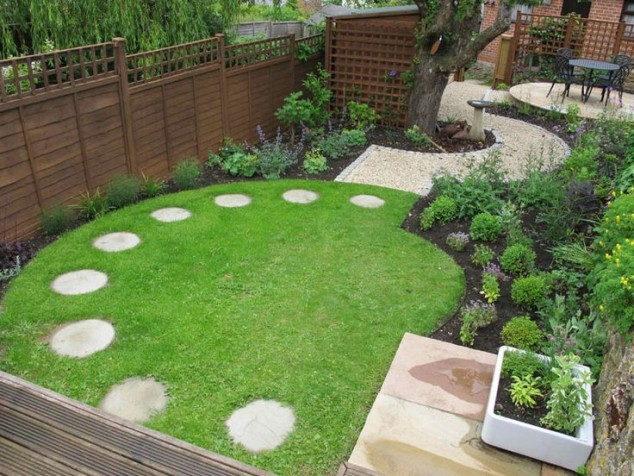 15 creative round stepping path ideas for garden (6)